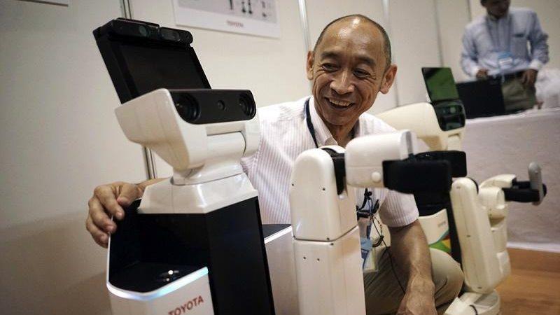 تويوتا روبوت 2